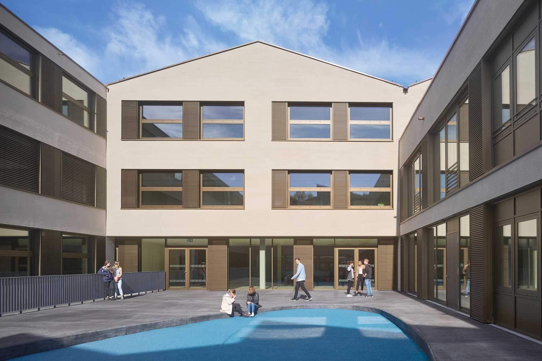Friedrich-List Schule, Ulm – Innenhof